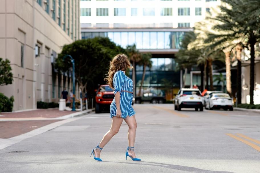 Didelių dydžių drabužiai ir stiliaus patarimai apvalių formų moterims